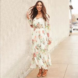 NWT! Belle sky floral print lace up maxi dress